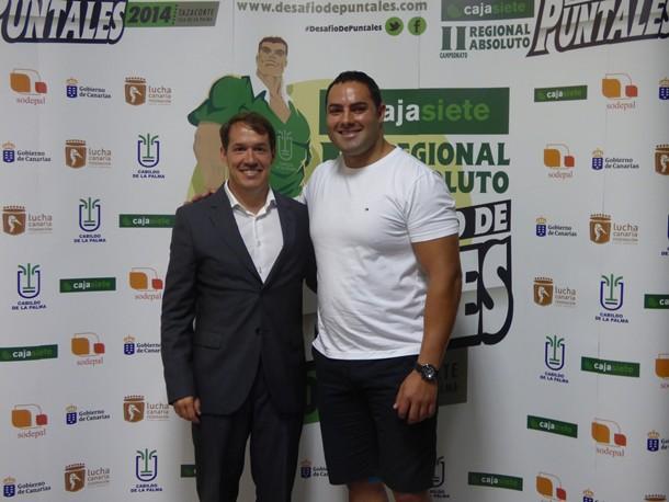 Mariano Hernández Zapata junto al puntal palmero Ricardo Rodríguez Medianito IV es uno de los bregadores responsables que defenderá los colores de La Palma en el Campeonato Absoluto