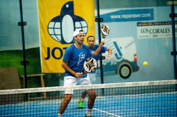 Sixto Hernández y Álvaro Gutiérrez ganaron su primer torneo del año. / SERGIO MÉNDEZ