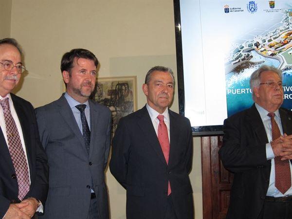 Paulino Rivero, Carlos Alonso, Domingo Berriel y Marcos Brito