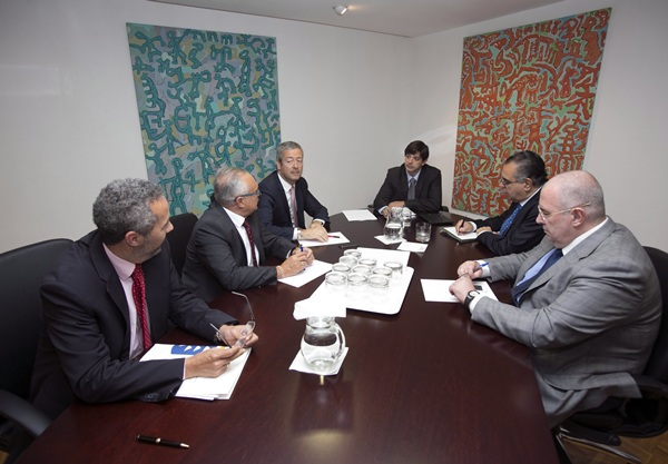 Imagen de la última reunión entre Gobierno y empresarios. / DA