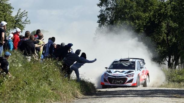 Thierry Neuville Hyundai i20 WRC Rally Polonia