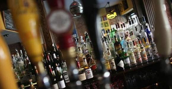 En las botellas habrán fotos de los perjuicios del alcohol. | EUROPA PRESS