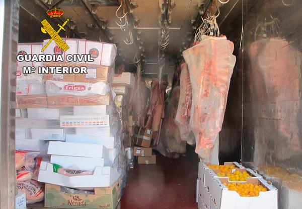 La Guardia Civil decomisa en Fuerteventura 780 kilos de carne en mal estado destinada al consumo