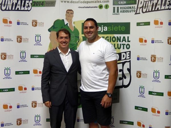 Mariano Hernández y el puntal palmero Ricardo Rodríguez 'Medianito'. / DA