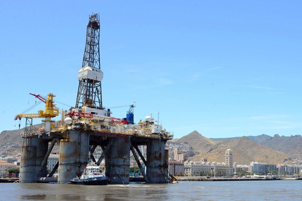 plataformas petróleo El puerto se reactiva
