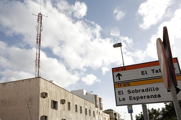 Las antenas retiradas se ubican en la calle Bellotero. / SERGIO MÉNDEZ