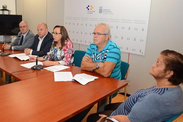 La presentación del proyecto tuvo lugar ayer en la Dirección general del Servicio Canario de Salud. | S. MÉNDEZ