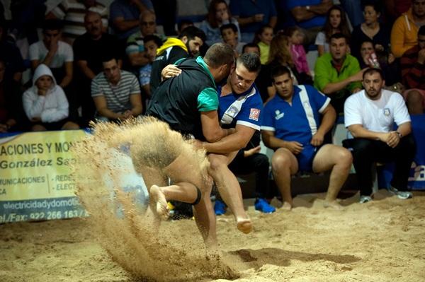 Rápido de Ravelo y Llano del Moro brindaron un nuevo encuentro espectacular. / FRAN PALLERO