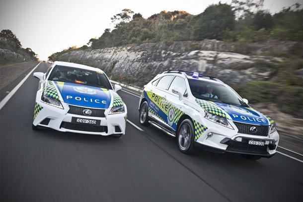 Las dos unidades elegidas han sido la berlina de altas prestaciones el Lexus GS 450h F SPORT y el crossover RX 450h F SPORT