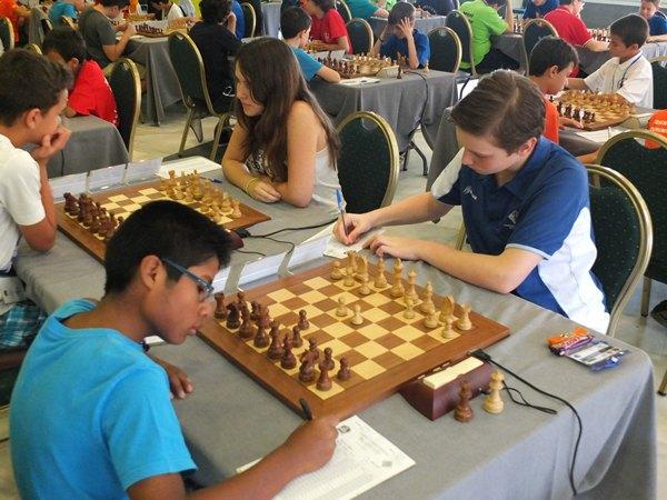 Sergio Peña, con una Defensa Francesa ante Olga Guniaeva. / J. L. F.