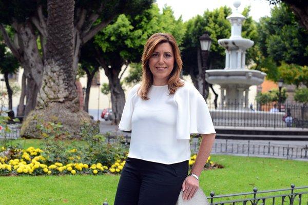 Susana Díaz en la plaza del Adelantado, en La Laguna. | SERGIO MÉNDEZ