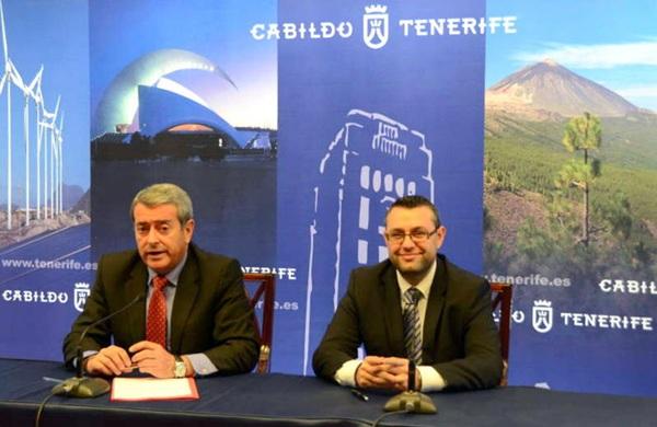Aurelio Abreu y Miguel Ángel Pérez, en una rueda de prensa / DA