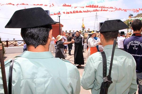 Se recrean bailes en las plazas, entre otras actividades. | DA