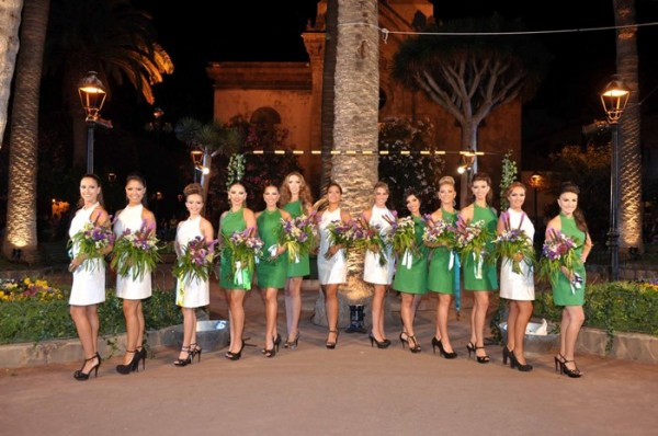 Las trece candidatas a reina de las Fiestas de Julio Puerto de la Cruz se medirán en la gala este jueves. | DA