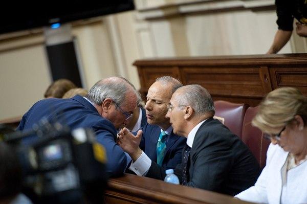 Los diputados del PP votaron contra la Ley de la Agencia Tributaria, pero se sumaron a la de pymes.   F. PALLERO