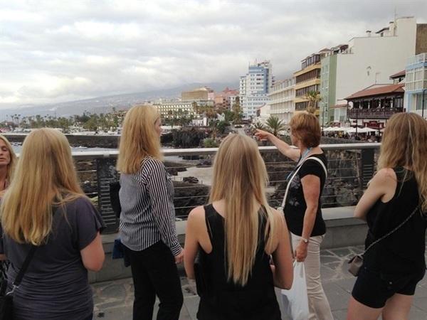 Cinco agentes de viajes de la ciudad de Hamburgo visitan la Isla.