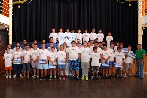 Los alumnos inscritos pertenecen a las diferentes Escuelas de Lucha de Tenerife. / DA