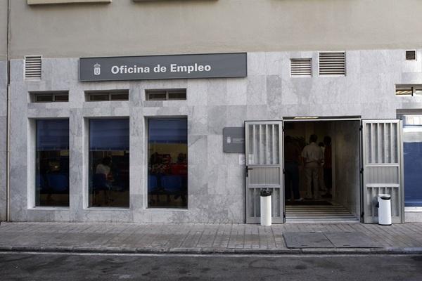 El desempleo se reduce el 7 en el ltimo a o en el norte de la isla diario de avisos - Oficina de desempleo ...