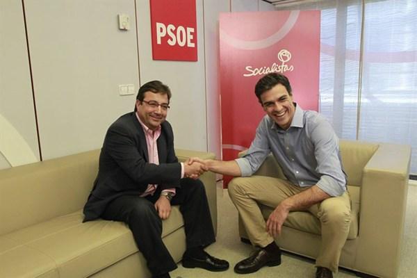Pedro Sánchez se reunió con el secretario general extremeño.