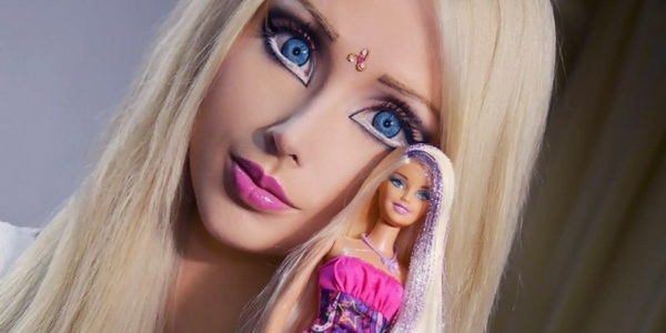 La Barbie humana. / DA