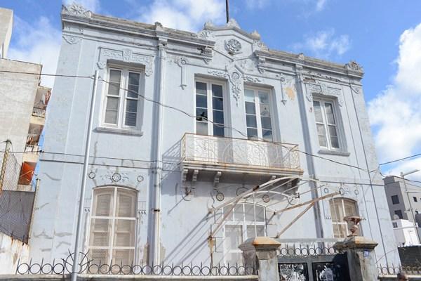 La conocida como Casa Siliuto, futura Casa de la Juventud, situada en el barrio de El Toscal. | SERGIO MÉNDEZ