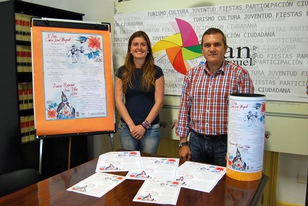 Candelaria Flores y Valentín González presentan el III Fest Costa San Miguel. /DA