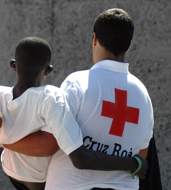Decenas de menores africanos han llegado estos días a Andalucía. / DA