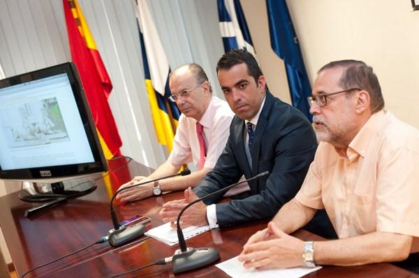 José Miguel Márquez de Zárate, Florentino Guzmán Plasencia y Alberto Darias, ayer en rueda de prensa. | F. P.