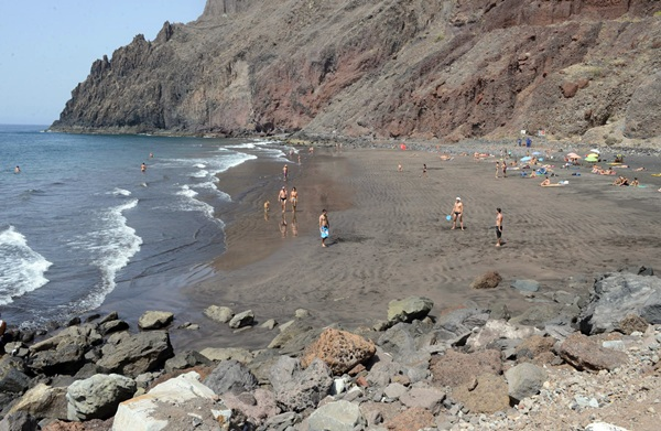 La playa de Las Gaviotas reabrió en 2013 tras varios años cerrada al público. / SERGIO MÉNDEZ
