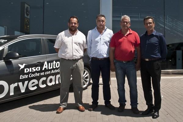 Juan Carlos Curbelo, Mamerto Cabrera, Manuel Guillén Guerra y Tello Hernández, durante el acto.