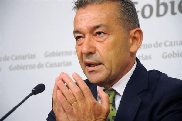 Rivero considera que el Gobierno de España trata a Canarias como una colonia. / DA