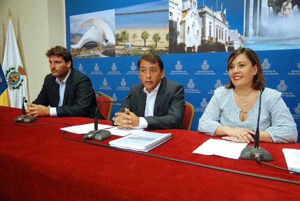 José Ángel Martín, José Manuel Bermúdez y Yuri Mas, ayer durante la presentación del plan. / DA