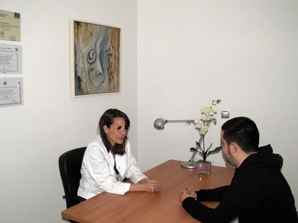 Los psicólogos podrán ejercer en el ámbito sanitario. / DA