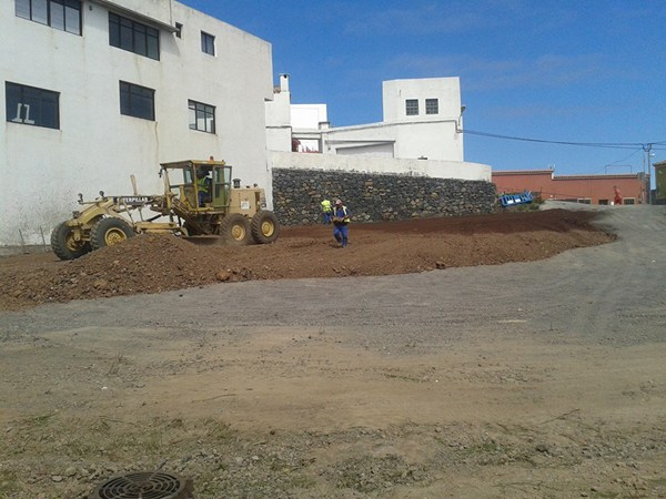 El nuevo parking se encuentra ubicado en las inmediaciones de la zona comercial de la localidad. | DA