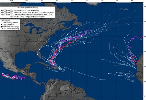 Mapa de ayer con las depresiones tropicales en curso y sus posibles trayectorias.   DA
