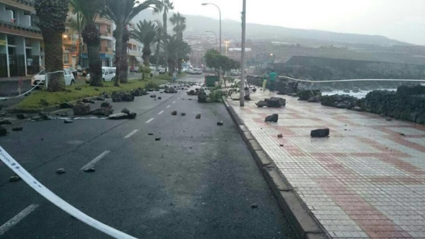 Playa San Juan sufrió los embates del mar. / LAURA LIMA