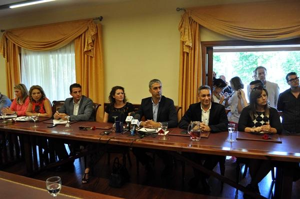 Cuatro de los cinco concejales que eran del PSOE antes de presentar la moción de censura contra CC. / MOISÉS PÉREZ