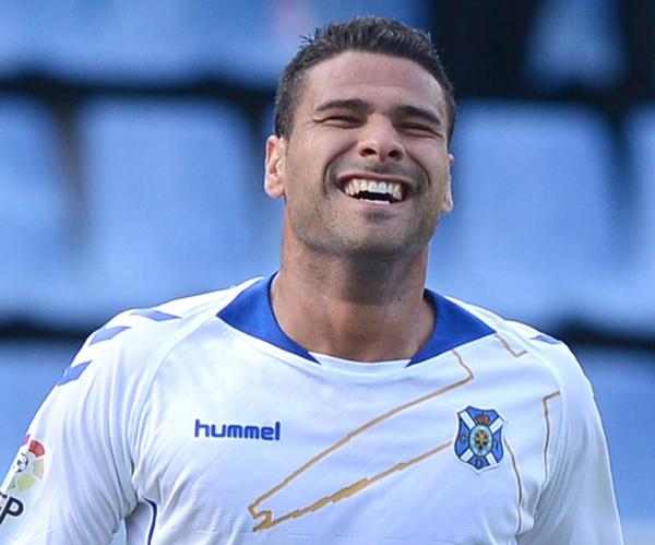 El atacante blanquiazul lleva un tanto esta temporada en la Liga. / SERGIO MÉNDEZ