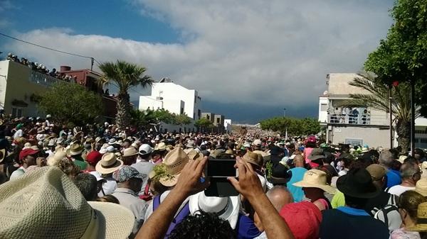 Miles de personas participaron en la romería. / NORCHI