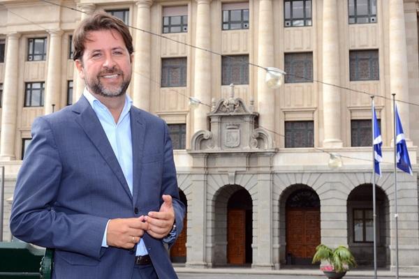 Carlos Alonso cumple un año como presidente del Cabildo. / SERGIO MÉNDEZ
