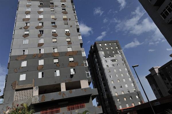 En Miramar se rehabilitarán ocho viviendas del bloque 3. / F. PALLERO