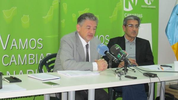 Pedro Justo y  Román Rodríguez, diputados de Nueva Canaria (NC). / DA