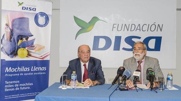 """La Fundación DISA y la Cruz Roja Española en Canarias han presentado hoy el proyecto """"Mochilas Llenas"""", que proporcionará material escolar a niños de familias sin recursos."""