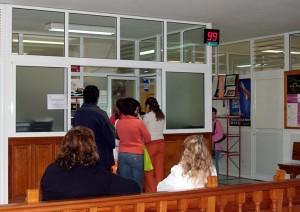 """Los servicios sociales de muchos municipios están """"desbordados"""". / DA"""