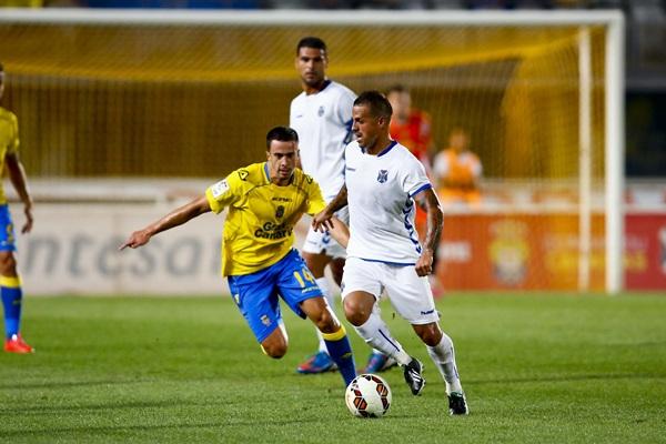 Víctor añino bermúdez, 'Vitolo', jugador del CD Tenerife. / GERARDO OJEDA