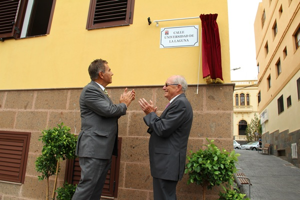 Una de las calles de Adeje llevará el nombre de Universidad de La Laguna. / DA