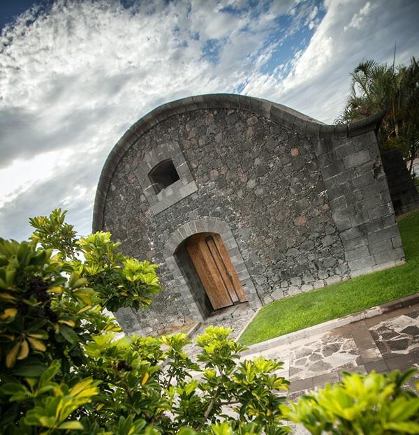 La Casa de la Pólvora es una construcción defensiva del siglo XVIII. / A. G.