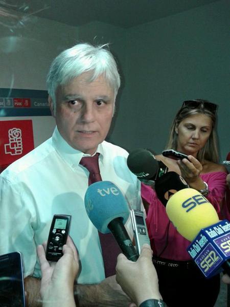 Pérez abre el camino al relevo generacional en el partido. / DA