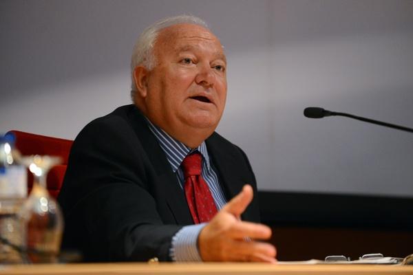 El exministro de Asuntos Exteriores, Miguel Ángel Moratinos, ayer en La Laguna. / SERGIO MÉNDEZ