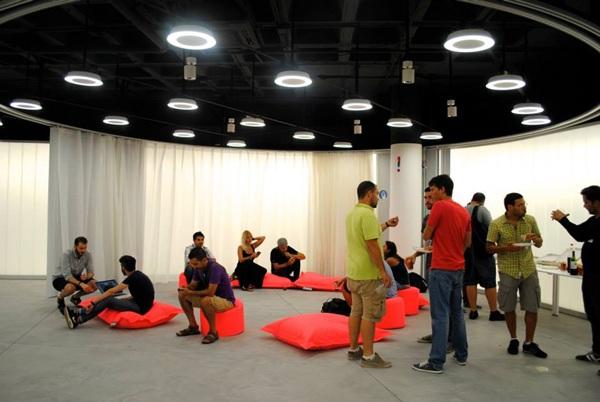 Un total de 20 emprendedores se dieron cita en la Factoría de Innovación Turística. / DA